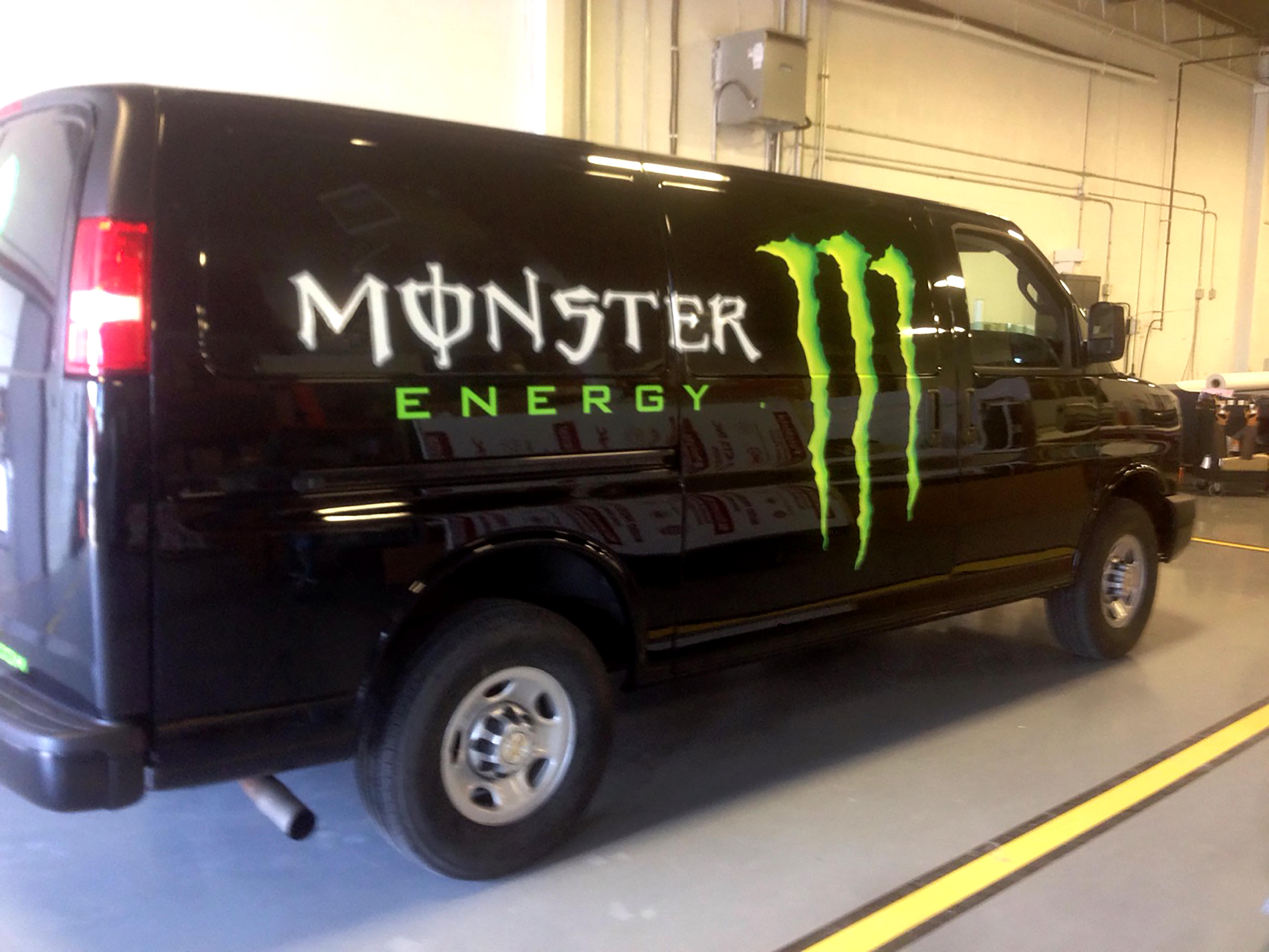 Monster Energy - o4057-2-Edit